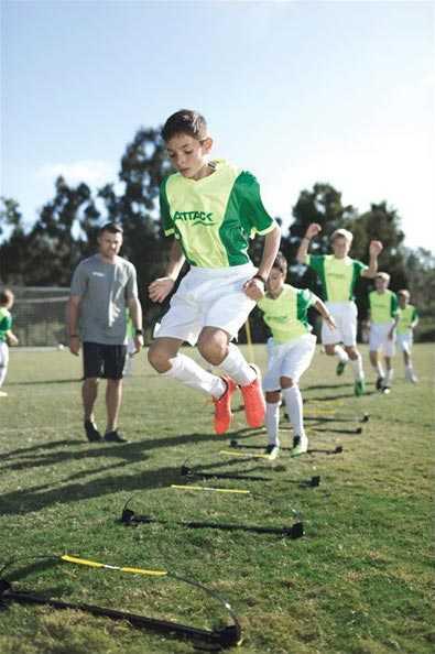موانع تمرینی فوتبال حرفه ای