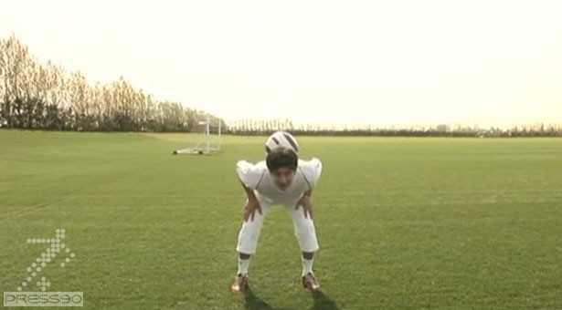 دانلود فیلم آموزش نگه داشتن توپ روی پشت گردن
