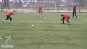 تمرین سرعت عکس العمل - تمرینی برای افزایش عکس العمل بازیکنان فوتبال
