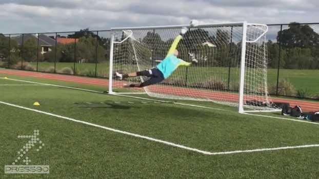 تمرين دروازه باني فوتبال