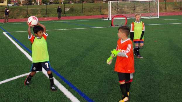 پرتاب اوت – تمرین مهارتی برای دریافت ویژه سنین ۹ تا ۱۲ سال